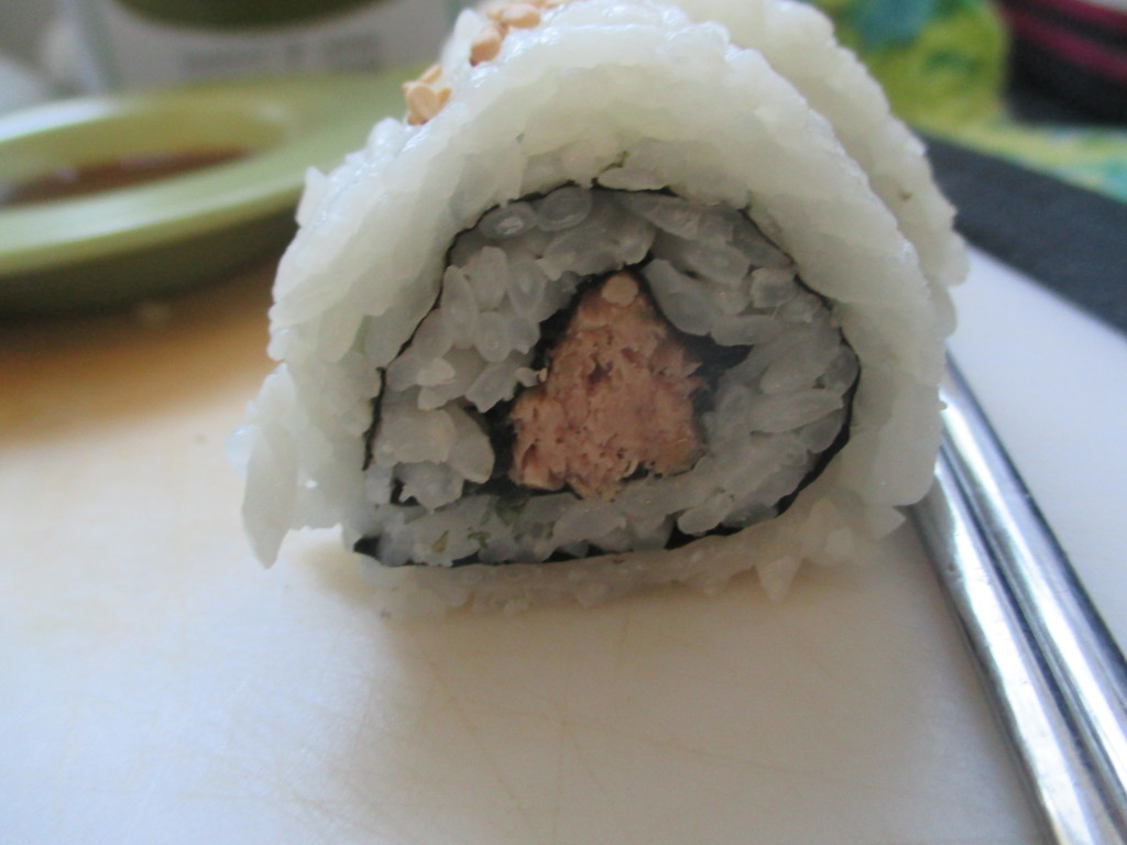 sweet and spicy tuna rolls