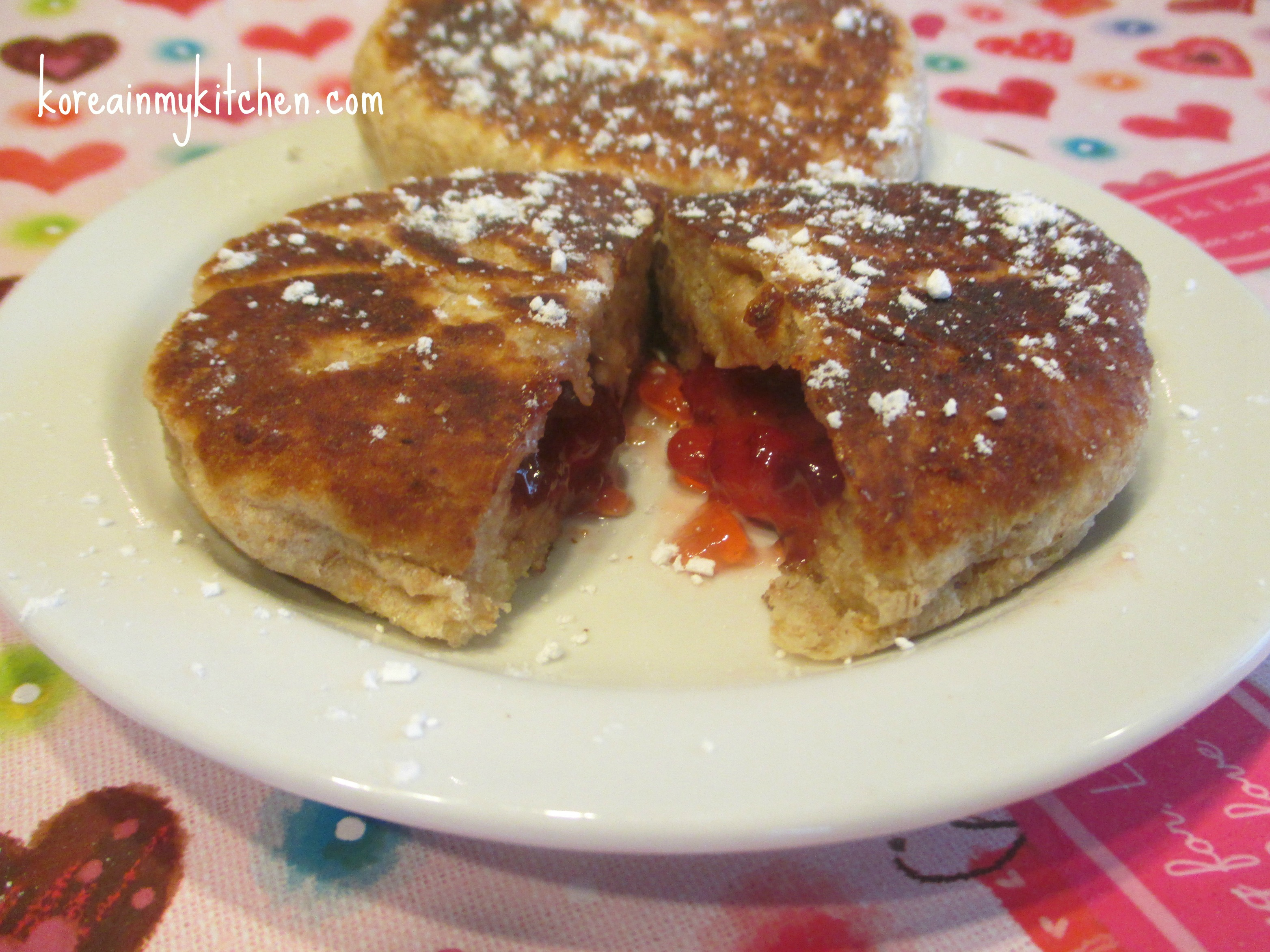 Strawberry stuffed pancakes – ttalgi hoddeok